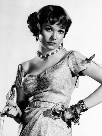 Some Came Running, Shirley MacLaine, 1958, Hands on Hips