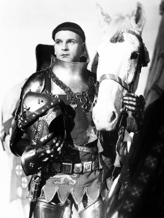 Henry V, Laurence Olivier, 1944, with Horse