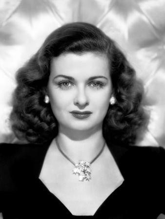 Joan Bennett, Portrait