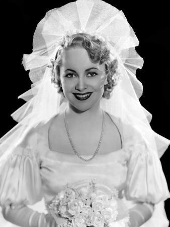 Olivia De Havilland in Fashion Wedding Gown, 1935