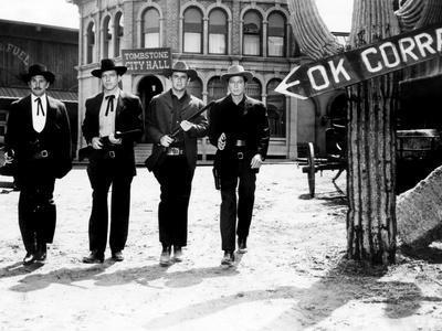 Gunfight at the O.K. Corral, Kirk Douglas, Burt Lancaster, John Hudson, Deforest Kelley, 1957