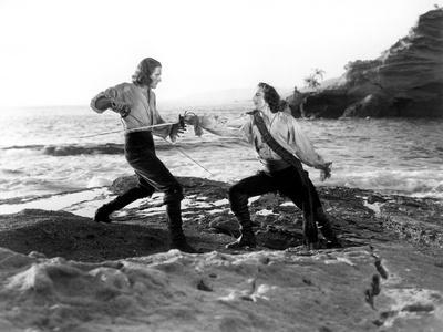 Captain Blood, Errol Flynn, Basil Rathbone, 1935