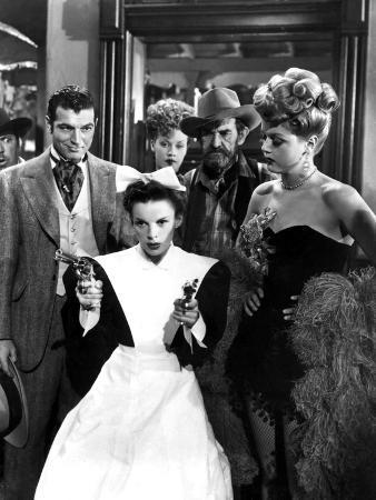 Harvey Girls, Stephen McNally, Judy Garland, Angela Lansbury, 1946, Guns