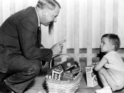 It's A Gift, W. C. Fields, Baby Leroy, 1934, Basket