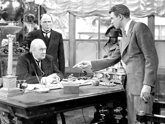 It's A Wonderful Life, Lionel Barrymore, Frank Hagney, James Stewart, 1946'  Photo - | AllPosters.com
