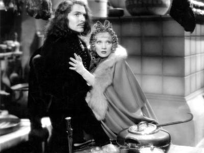 The Scarlet Empress, John Lodge, Marlene Dietrich, 1934