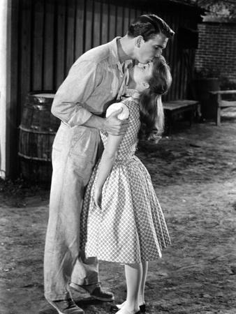 Tammy And The Bachelor, Leslie Nielsen, Debbie Reynolds, 1957