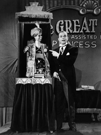 You Can't Cheat An Honest Man, Charlie McCarthy, Edgar Bergen, 1939