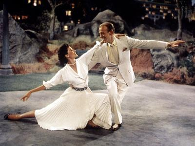 """The Band Wagon, Cyd Charisse, Fred Astaire, 1953, """"Dancing In The Dark"""" Production Number"""
