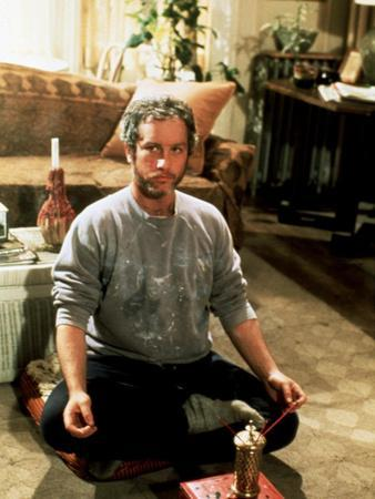 Goodbye Girl, Richard Dreyfuss, 1977, Cross Legged In Yoga Position