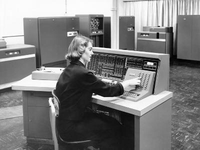 IBM 702, Was a Giant Brain Designed for Business