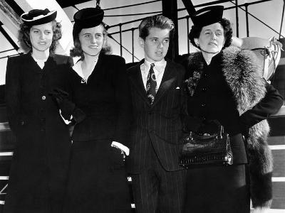 Ambassador Joseph Kennedy's Wife and Three Children Arrive in New York