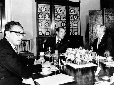 Pres Richard Nixon, Secy of State William Rogers and Henry Kissinger at Breakfast Meeting