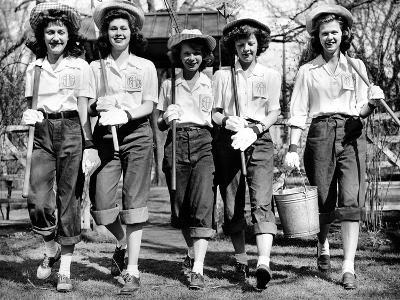 American High School Girls of 'Relieve a Man for War Work'