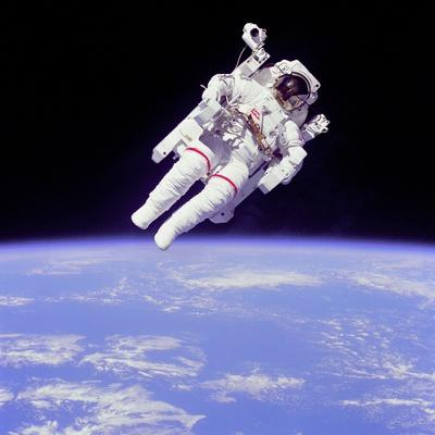 Astronaut Bruce Mccandless in Floating Weightless 320 Feet from the Space Shuttle Challenger