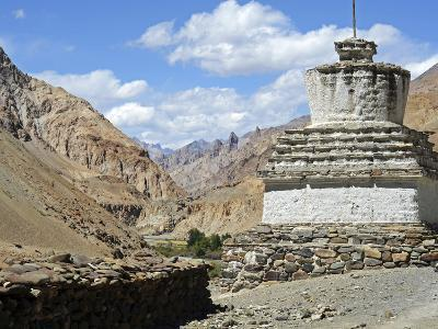White Stupa, Markha Valley, Ladakh, India