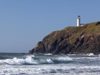 North Head Lighthouse, Cape Disappointment State Park, Washington, USA
