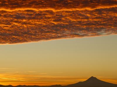 Dawn Sky over Mt. Hood, Oregon, USA
