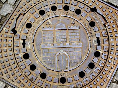 Manhole Cover with Hamburg's Coat of Arms, Hamburg, Germany