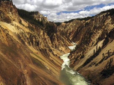 Grand Canyon of the Yellowstone, Yellowstone River, Yellowstone National Park, Wyoming, USA