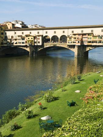 Ponte Vecchio (14th Century), Firenze, UNESCO World Heritage Site, Tuscany, Italy