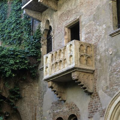 Juliet's Balcony, Verona, UNESCO World Heritage Site, Veneto, Italy, Europe