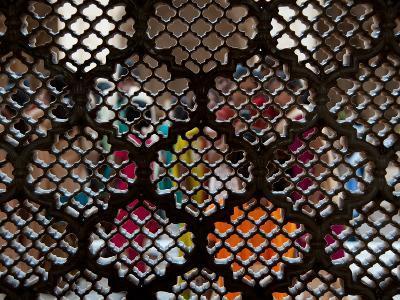 Women in Saris Seen Through Screen of Bibi Ka Maqbara, Aurangabad, Maharashtra, India