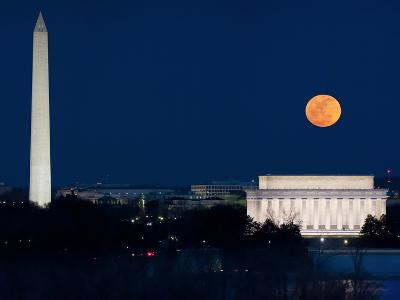 Panorama of the March 19, 2011 Super Moon at Perigee Full Moon