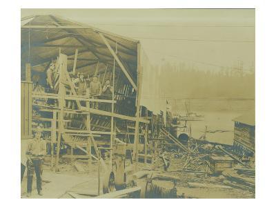 View of Skansie Ship Building Co. Workers (ca. 1910)