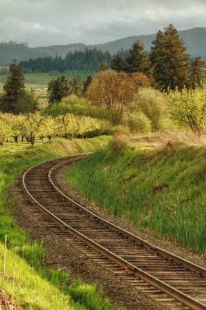 Tracks through Hood River, Oregon
