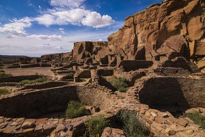 Chaco Ruins in the Chaco Culture Nat'l Historic Park, UNESCO World Heritage Site, New Mexico, USA