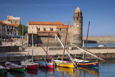 Boats, Eglise Notre Dame Des Anges Church, Collioure, Languedoc-Roussillon, France