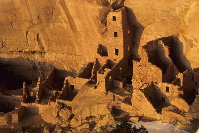 Square Tower House, Native American Cliff Dwellings, Mesa Verde Np, Colorado, USA
