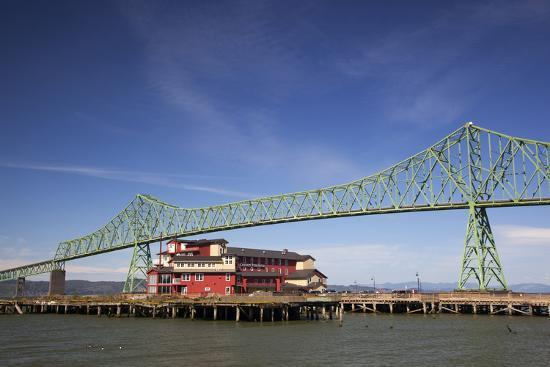 astoria melger bridge cannery pier hotel on the columbia. Black Bedroom Furniture Sets. Home Design Ideas