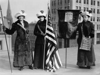 Suffrage Hike of 1912 from Manhattan to Albany Got Attention for Woman's Rights