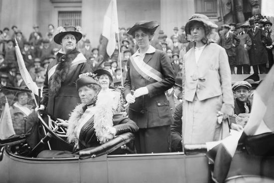 Womans Suffrage Advocates Protest For Ratification Of The 19th Amendment Photo At AllPosters