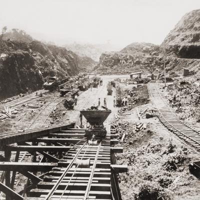 Panama Canal Construction at the Culebra Cut, Panama Canal in 1907