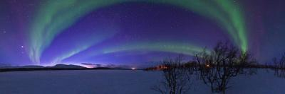 Aurora Borealis, with Jupiter and Venus in a Rare Close Conjunction