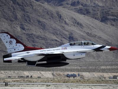 U.S. Air Force Thunderbird F-16 Fighting Falcon Takes Off