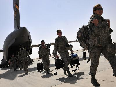 Airmen Arrive in Iraq in Support of Operation New Dawn
