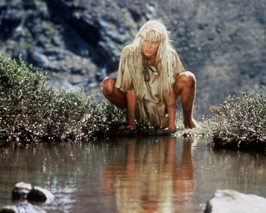 Daryl Hannah The Clan Of The Cave Bear Photo At