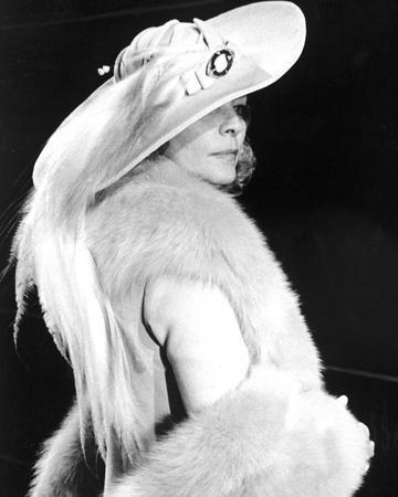 Lauren Bacall - Murder on the Orient Express