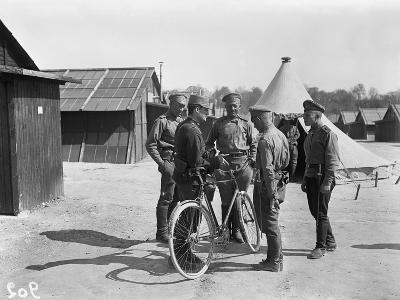 French Gendarme and Russian Soldiers at the Camp of Mailly, Marseille, 1916