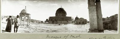 Mosque of Omar and General Chaytor Talking with a Local Imam, 14th December 1917