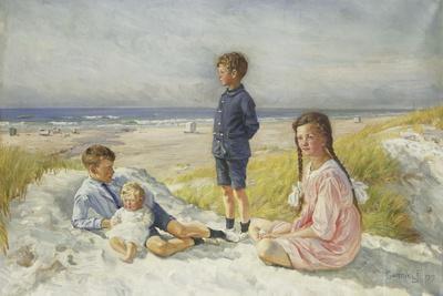 Erik, Else, Ove and Birthe Schultz on a Beach, 1919