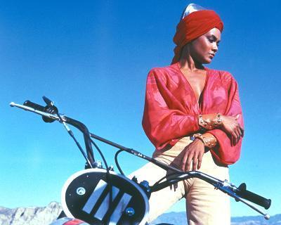 Tamara Dobson, Cleopatra Jones (1973)