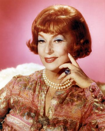 Agnes Moorehead, Bewitched (1964)