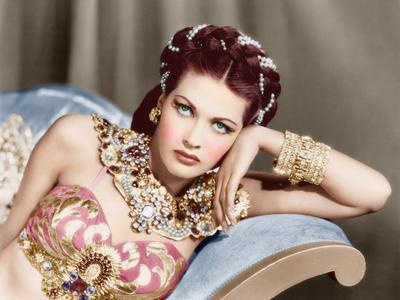 Yvonne De Carlo, ca. 1940s