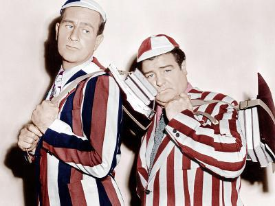 HERE COME THE CO-EDS, from left: Bud Abbott, Lou Costello, 1945