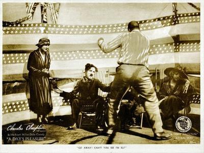 A Day's Pleasure, Edna Purviance, Charlie Chaplin, Tom Wilson, 1919